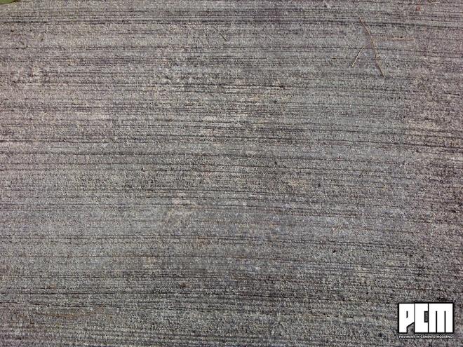 Pavimento in cemento spatolato per esterni