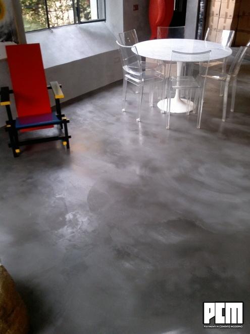 Pavimento in Cemento Spatolato Soggiorno e Loft